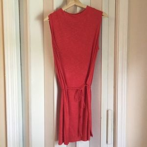Coral/red shirt/tunic with tie Sz L